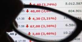 Shortowanie akcji – okazje i zagrożenia.