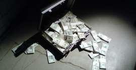 Nie tylko Rosja ucieka od dolara